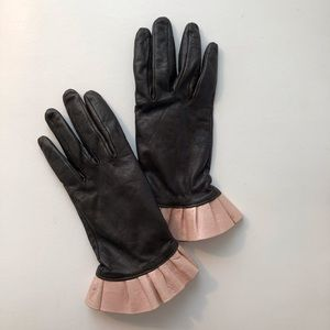 Accessories - Leather Gloves with Ruffle Trim